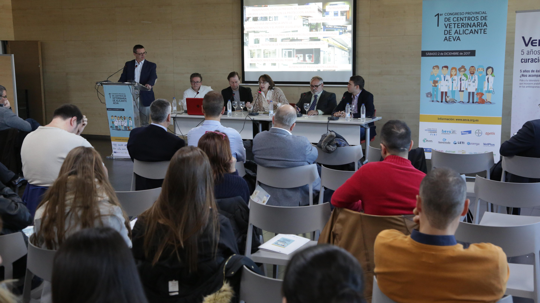 Primer Congreso Provincial de Centros de veterinaria de Alicante - AEVA